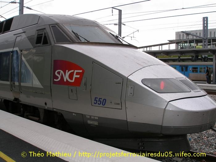 Gare Champagne-Ardenne TGV (Juin 2007) GARE-CHAMPAGNE-ARDENNE-TGV---8-Juillet-2007---12