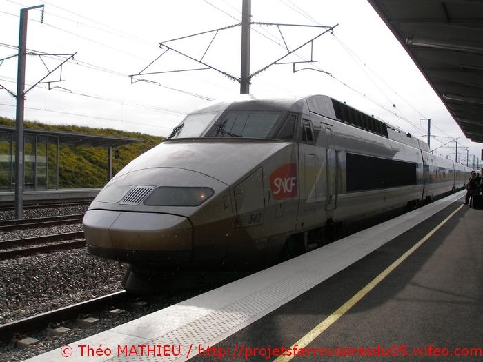 Gare Champagne-Ardenne TGV (Juin 2007) GARE-CHAMPAGNE-ARDENNE-TGV---8-Juillet-2007---17