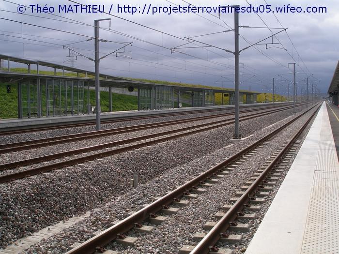 Gare Champagne-Ardenne TGV (Juin 2007) GARE-CHAMPAGNE-ARDENNE-TGV---8-Juillet-2007---21