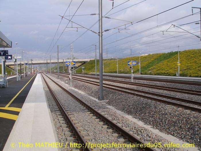 Gare Champagne-Ardenne TGV (Juin 2007) GARE-CHAMPAGNE-ARDENNE-TGV---8-Juillet-2007---22